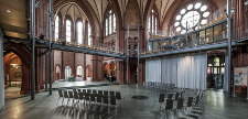 heilig-kreuz-kirche-stuehle